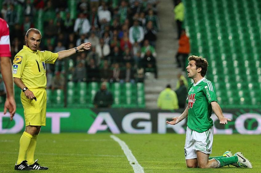 Saint-Etienne feeling the strain as cracks begin to show