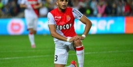 PSG Set to Rival Manchester City for Layvin Kurzawa